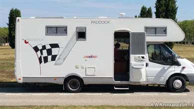 Camper ci new paddock mansardato ampio garage per 2 for Ampio garage per auto