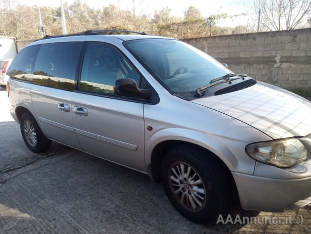 Chrysler Voyager - motore perfetto Anno 2005 Km 250000