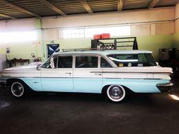 Pontiamo Bonneville Safari 1960