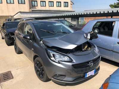 Opel Corsa 1.4 a Gas Sinistrata