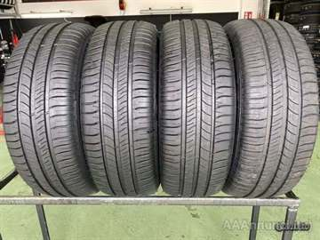 4 Gomme nuove 215 60 16 Michelin